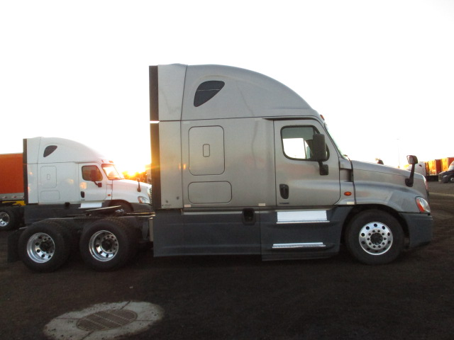 2015 Freightliner Cascadia for sale-59276630