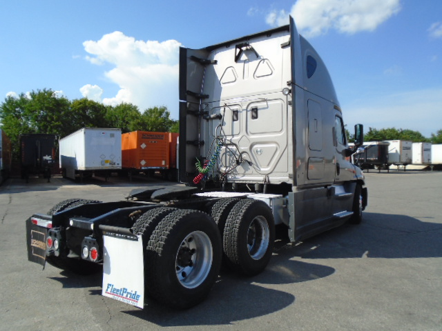 2015 Freightliner Cascadia for sale-59276631