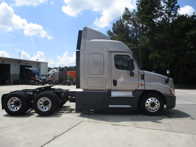 2015 Freightliner Cascadia for sale-59276902
