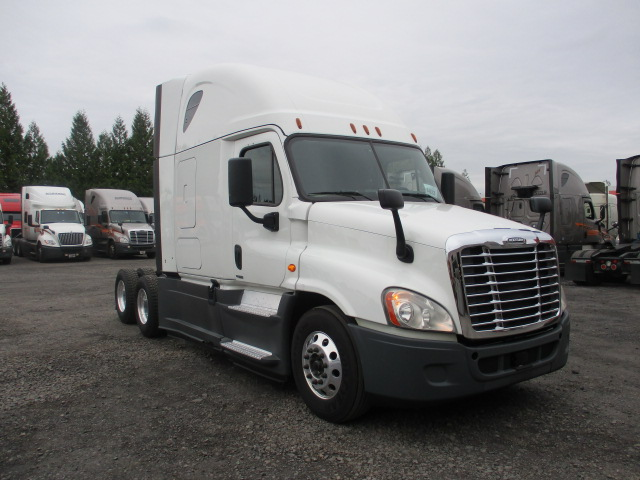 2015 Freightliner Cascadia for sale-59276638