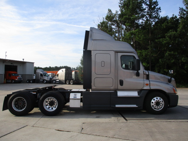 2015 Freightliner Cascadia for sale-59264454