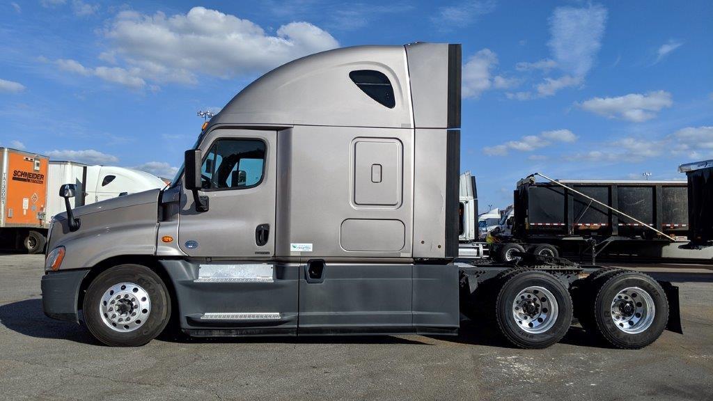 2015 Freightliner Cascadia for sale-59275357