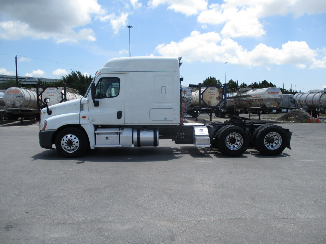 2015 Freightliner Cascadia for sale-59276914