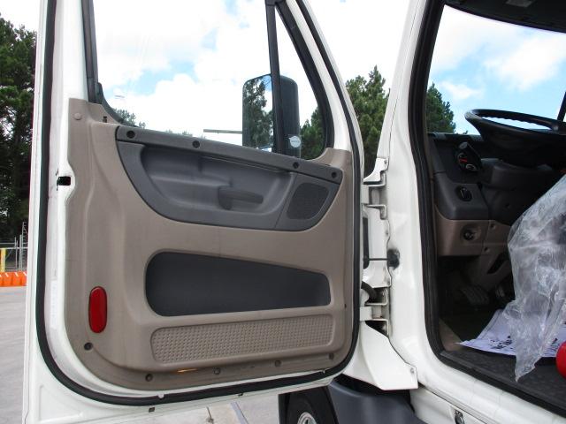 2015 Freightliner Cascadia for sale-59276652