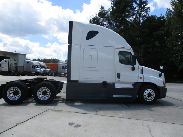 2015 Freightliner Cascadia for sale-59276653