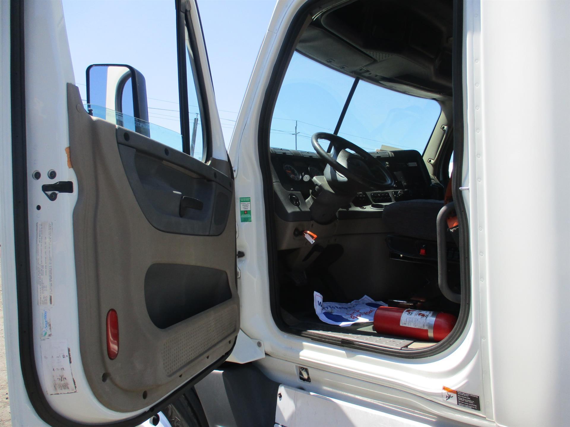 2015 Freightliner Cascadia for sale-59276655