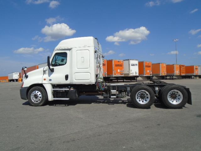 2015 Freightliner Cascadia for sale-59275476