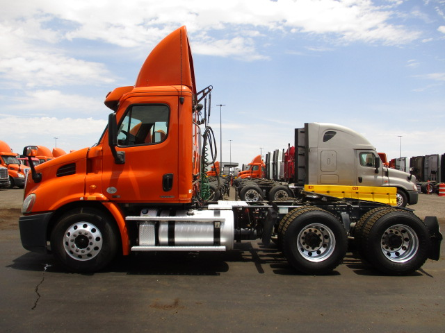 2012 Freightliner Cascadia for sale-59268771
