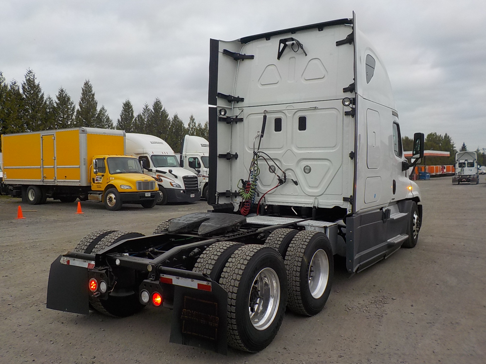 2014 Freightliner Cascadia for sale-59274938