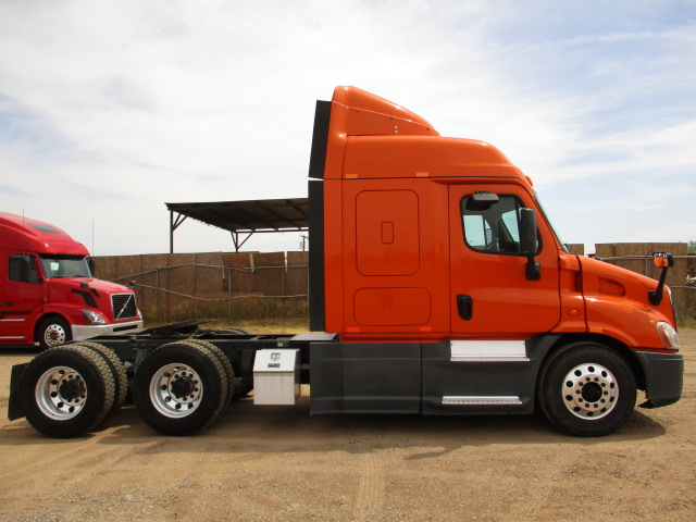 2014 Freightliner Cascadia for sale-59275498