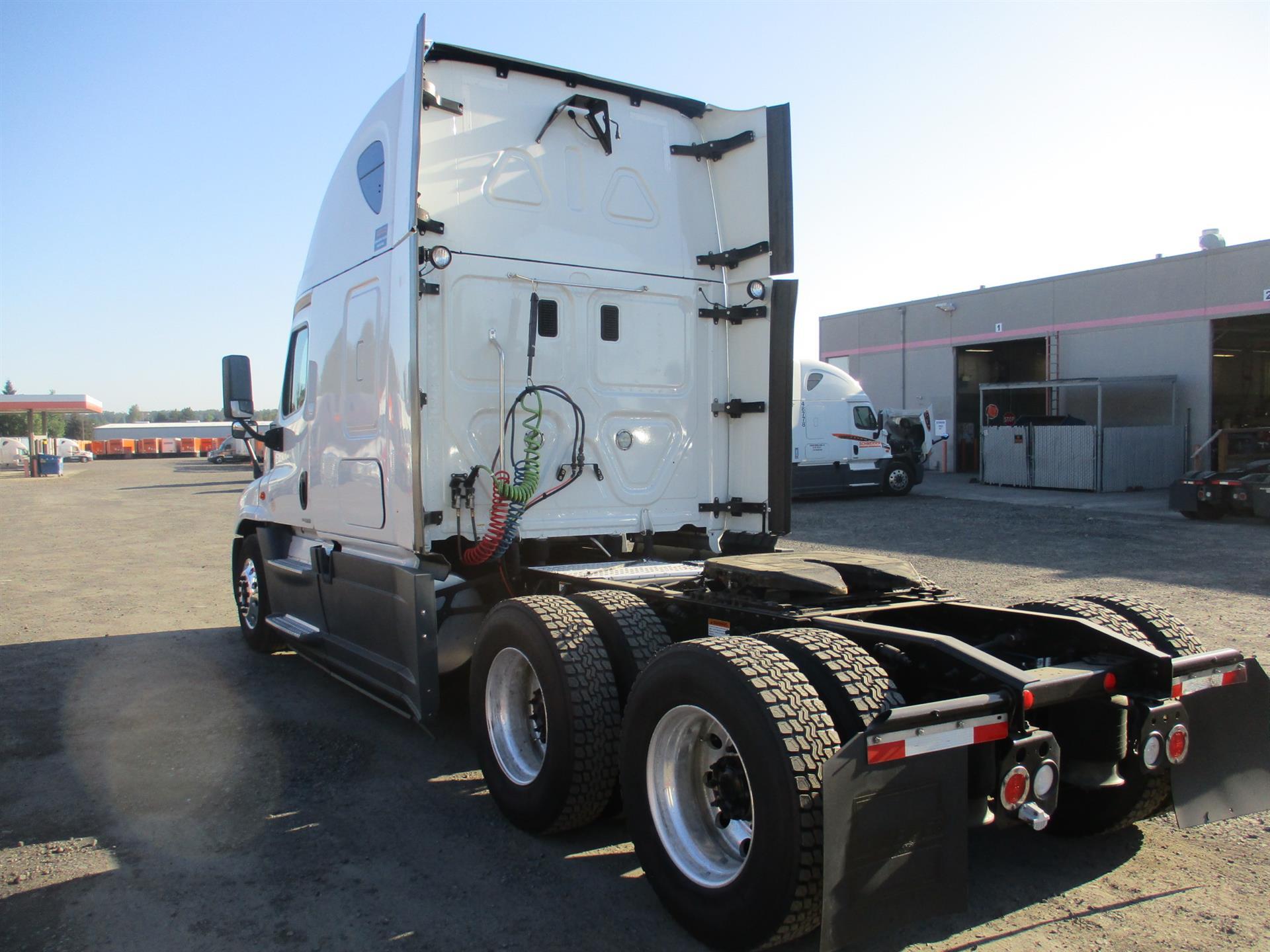 2015 Freightliner Cascadia for sale-59275509