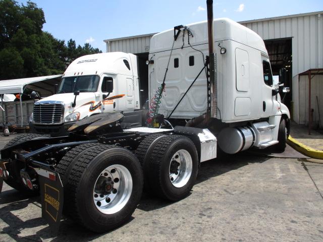 2015 Freightliner Cascadia for sale-59276944