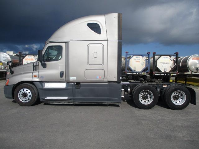 2015 Freightliner Cascadia for sale-59275510