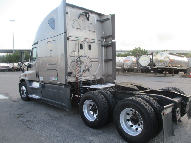 2015 Freightliner Cascadia for sale-59275512