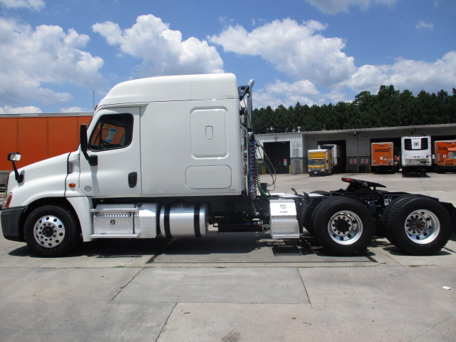 2015 Freightliner Cascadia for sale-59276946