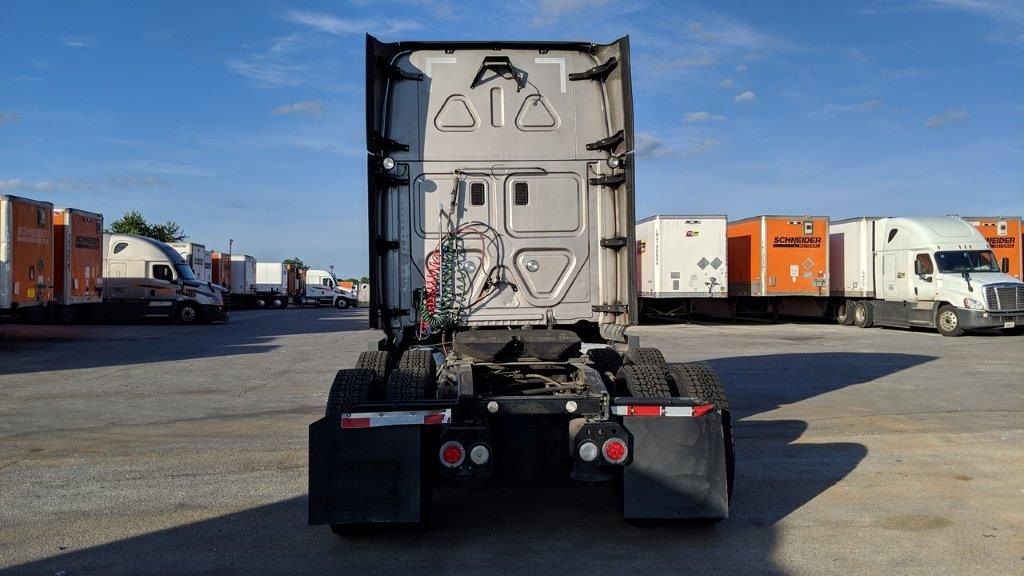 2015 Freightliner Cascadia for sale-59275515
