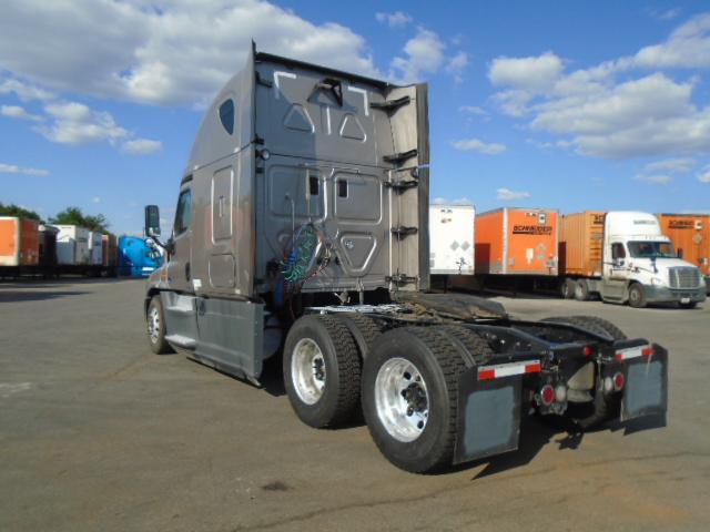 2015 Freightliner Cascadia for sale-59275517