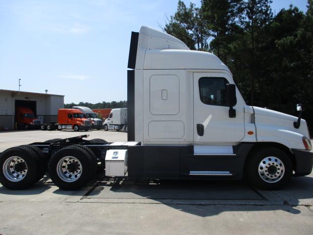 2015 Freightliner Cascadia for sale-59276951