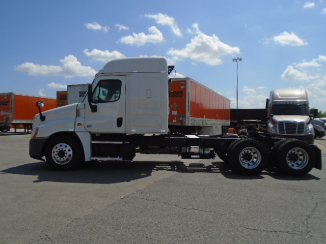 2015 Freightliner Cascadia for sale-59275519