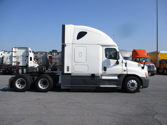 2016 Freightliner Cascadia for sale-59276973