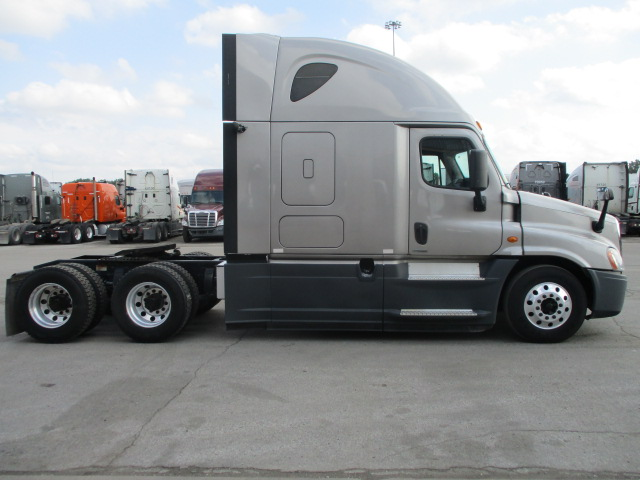 2015 Freightliner Cascadia for sale-59275544