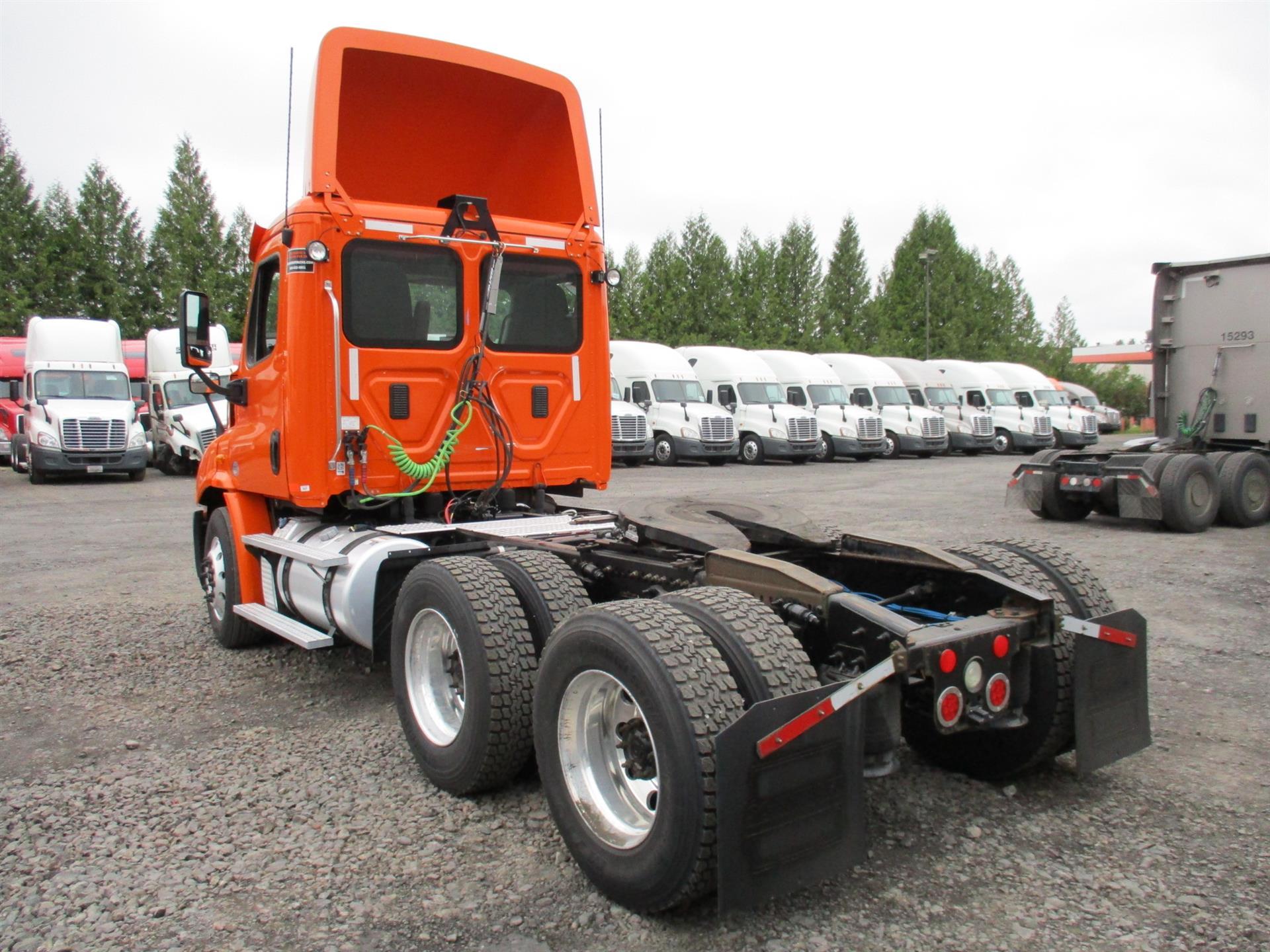 2014 Freightliner Cascadia for sale-59268781