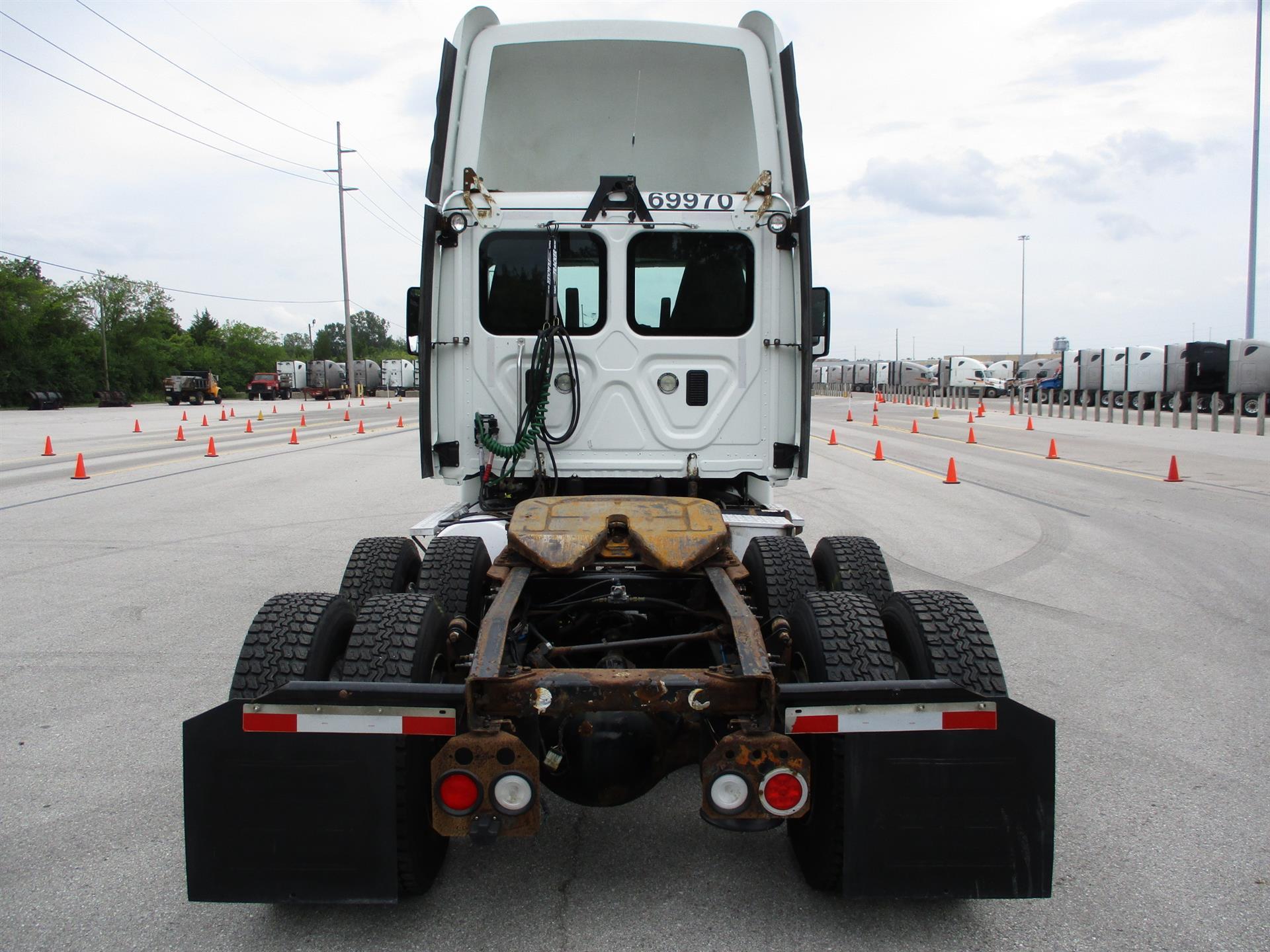 2014 Freightliner Cascadia for sale-59268782
