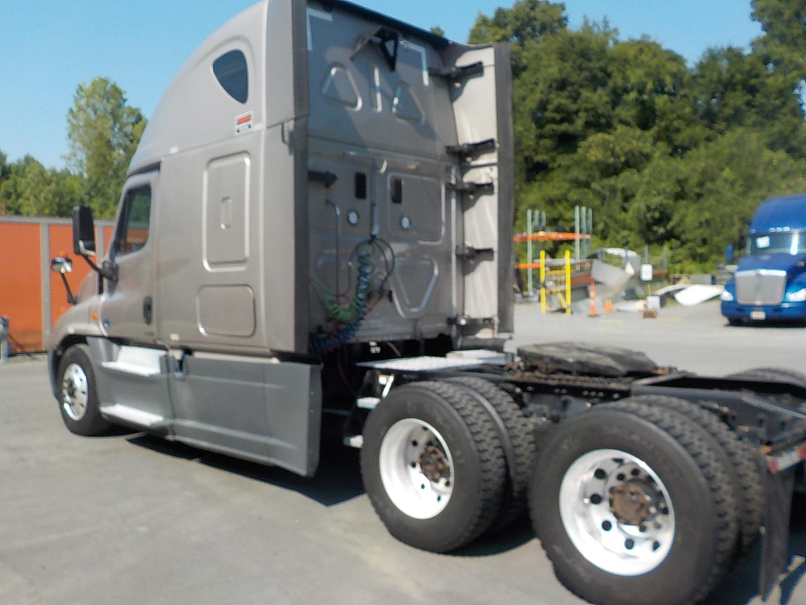 2016 Freightliner Cascadia for sale-59276983