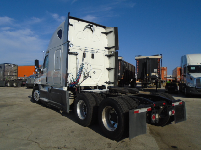 2015 Freightliner Cascadia for sale-59276563