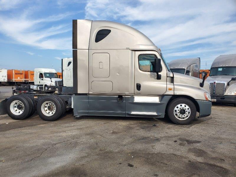 2015 Freightliner Cascadia for sale-59276657