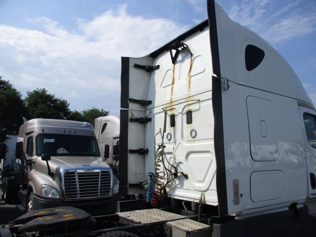 2016 Freightliner Cascadia for sale-59276998