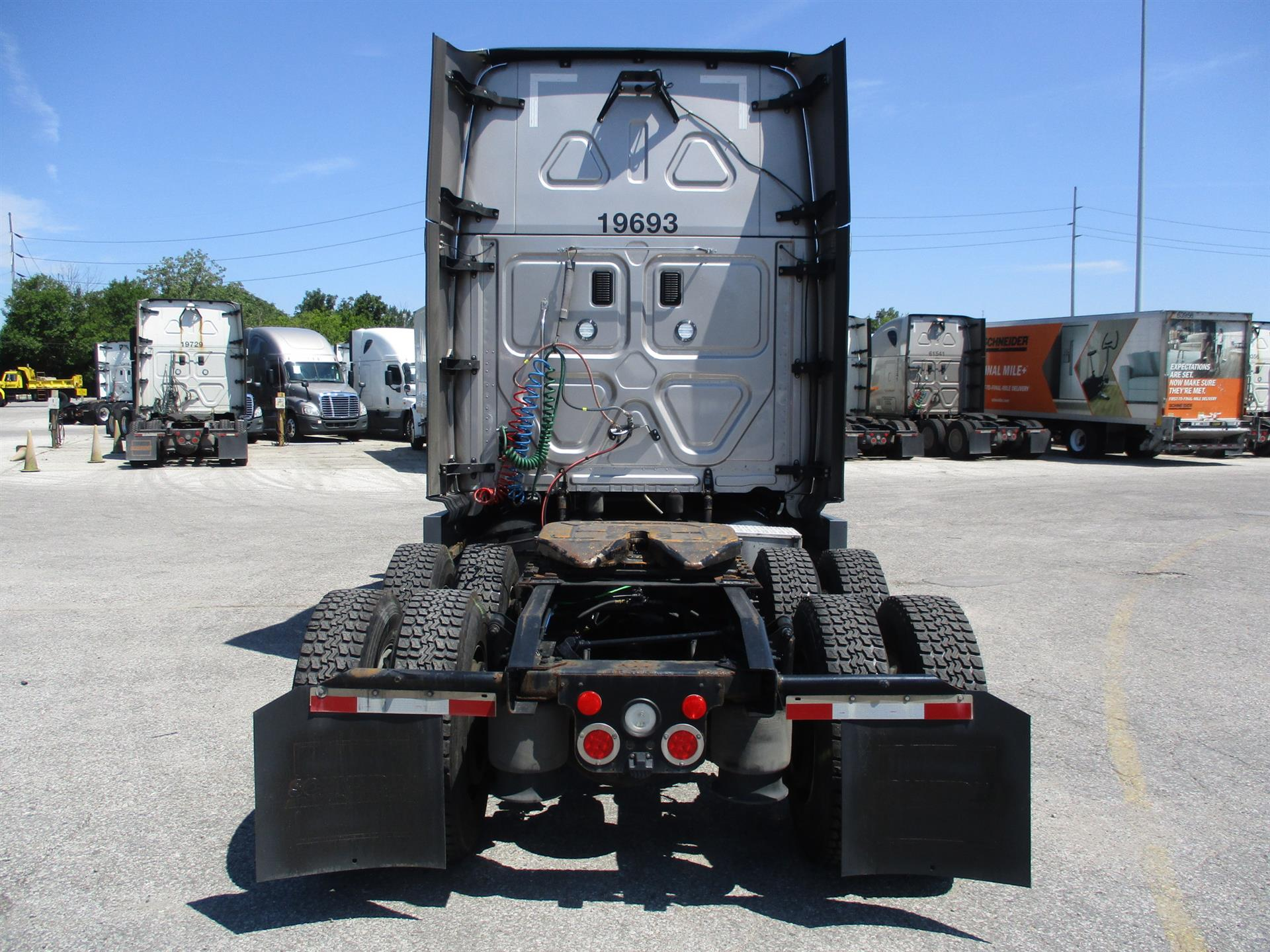 2016 Freightliner Cascadia for sale-59276768