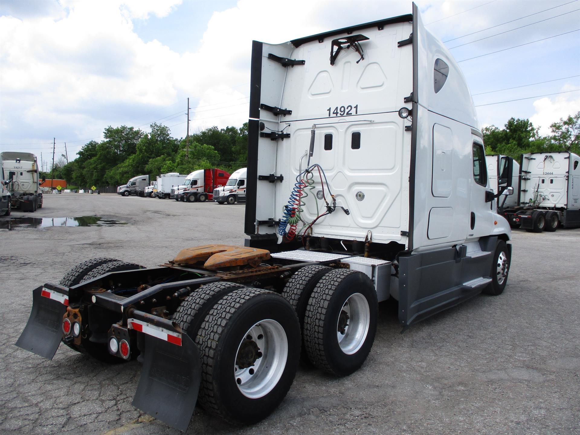 2015 Freightliner Cascadia for sale-59283253
