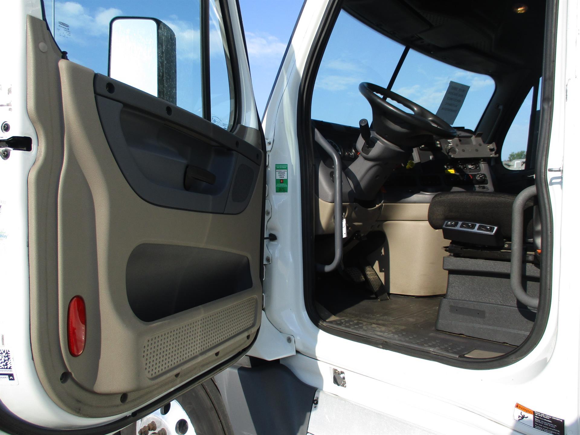 2016 Freightliner Cascadia for sale-59289263
