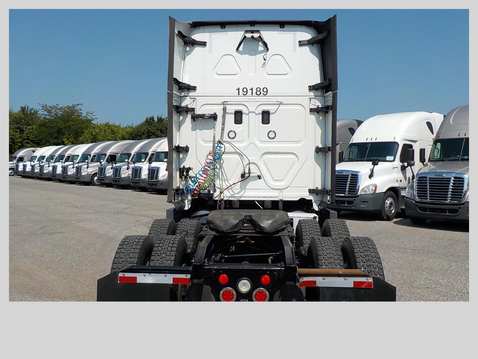 2016 Freightliner Cascadia for sale-59289926