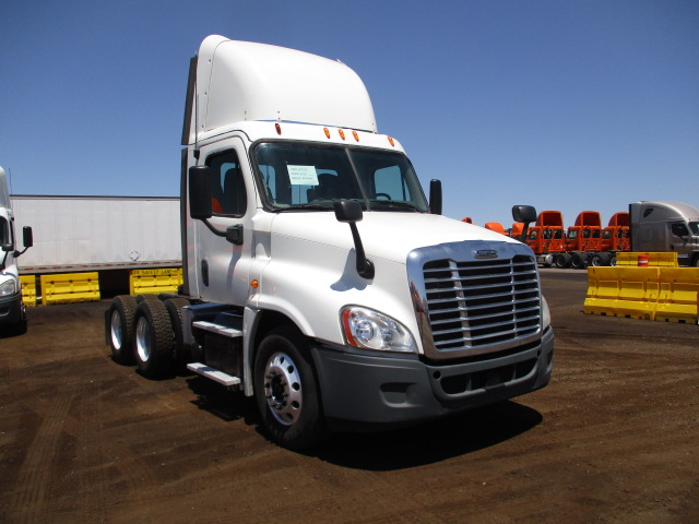 2013 Freightliner Cascadia for sale-59290796