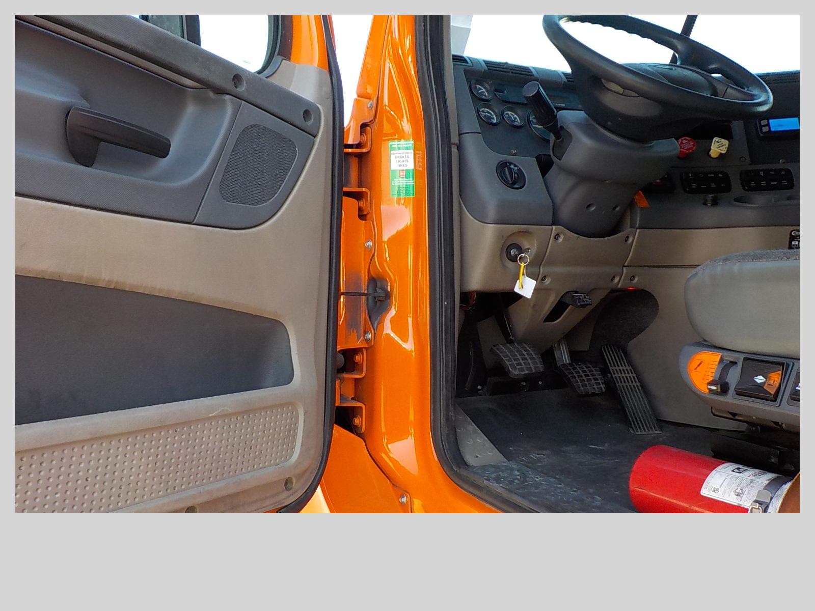 2014 Freightliner Cascadia for sale-59289663