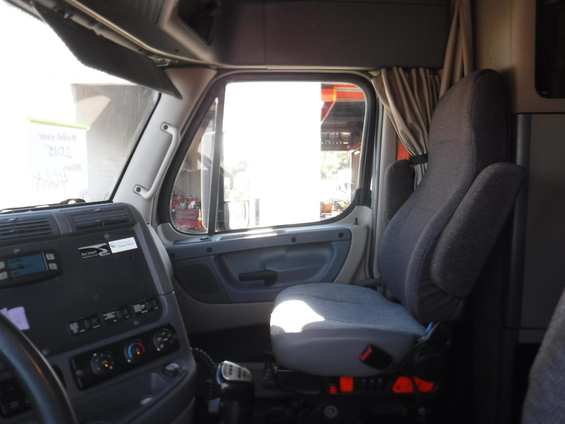 2015 Freightliner Cascadia for sale-59290814