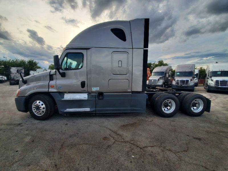2015 Freightliner Cascadia for sale-59290921