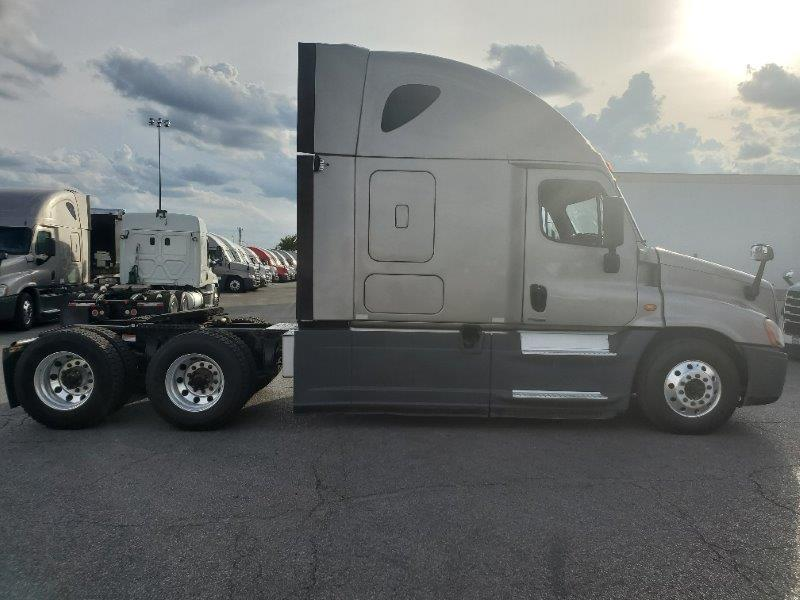 2016 Freightliner Cascadia for sale-59290923