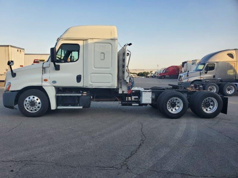 2015 Freightliner Cascadia for sale-59290984