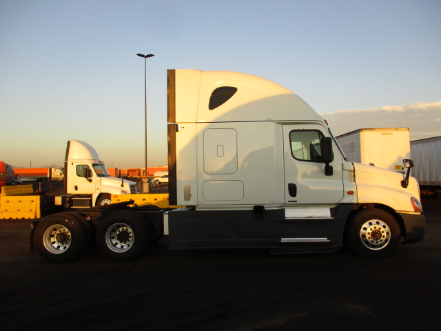 2016 Freightliner Cascadia for sale-59293195