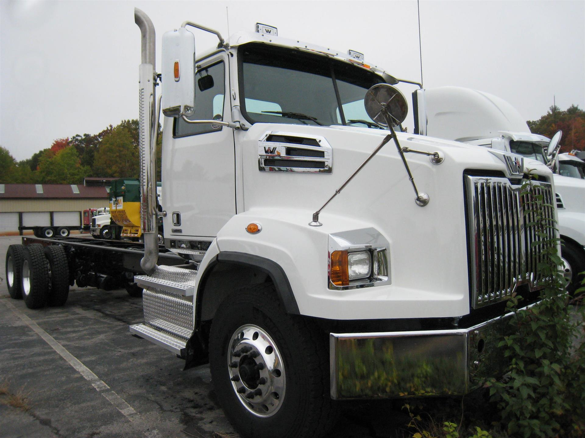 2017 Western Star 4700SB Cab Chassis Truck