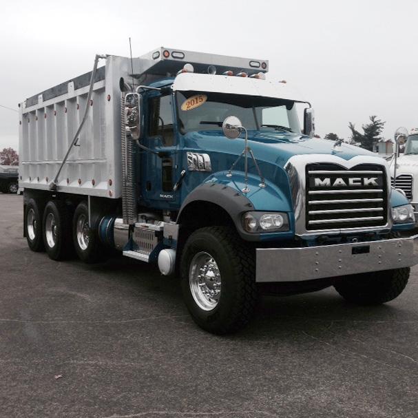 2015 Mack GRANITE GU713 Dump Truck