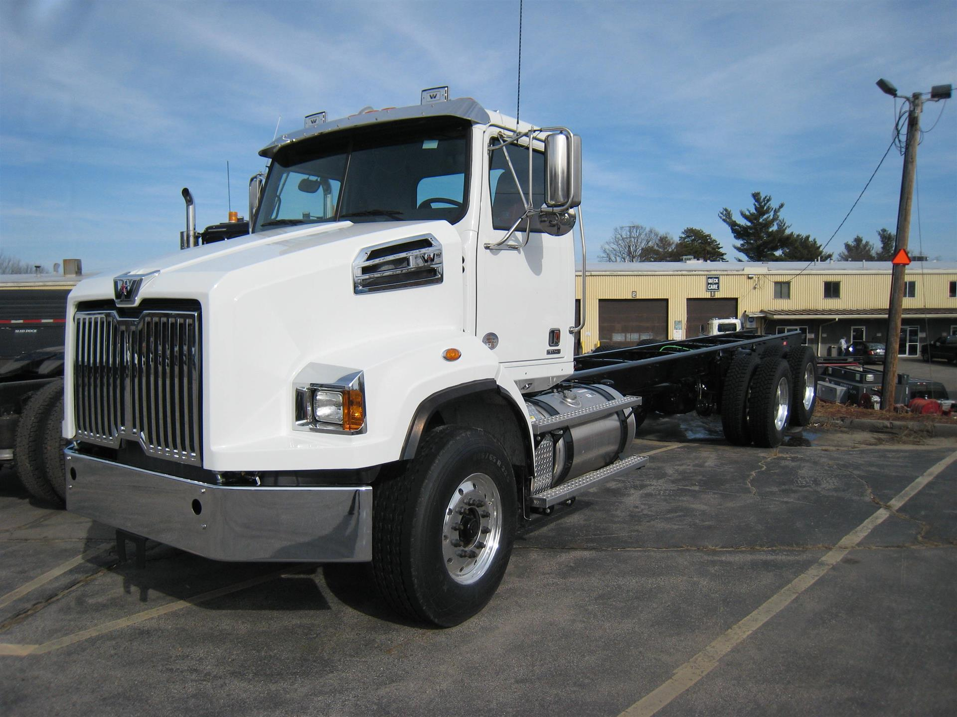 2018 Western Star 4700SB Cab Chassis Truck