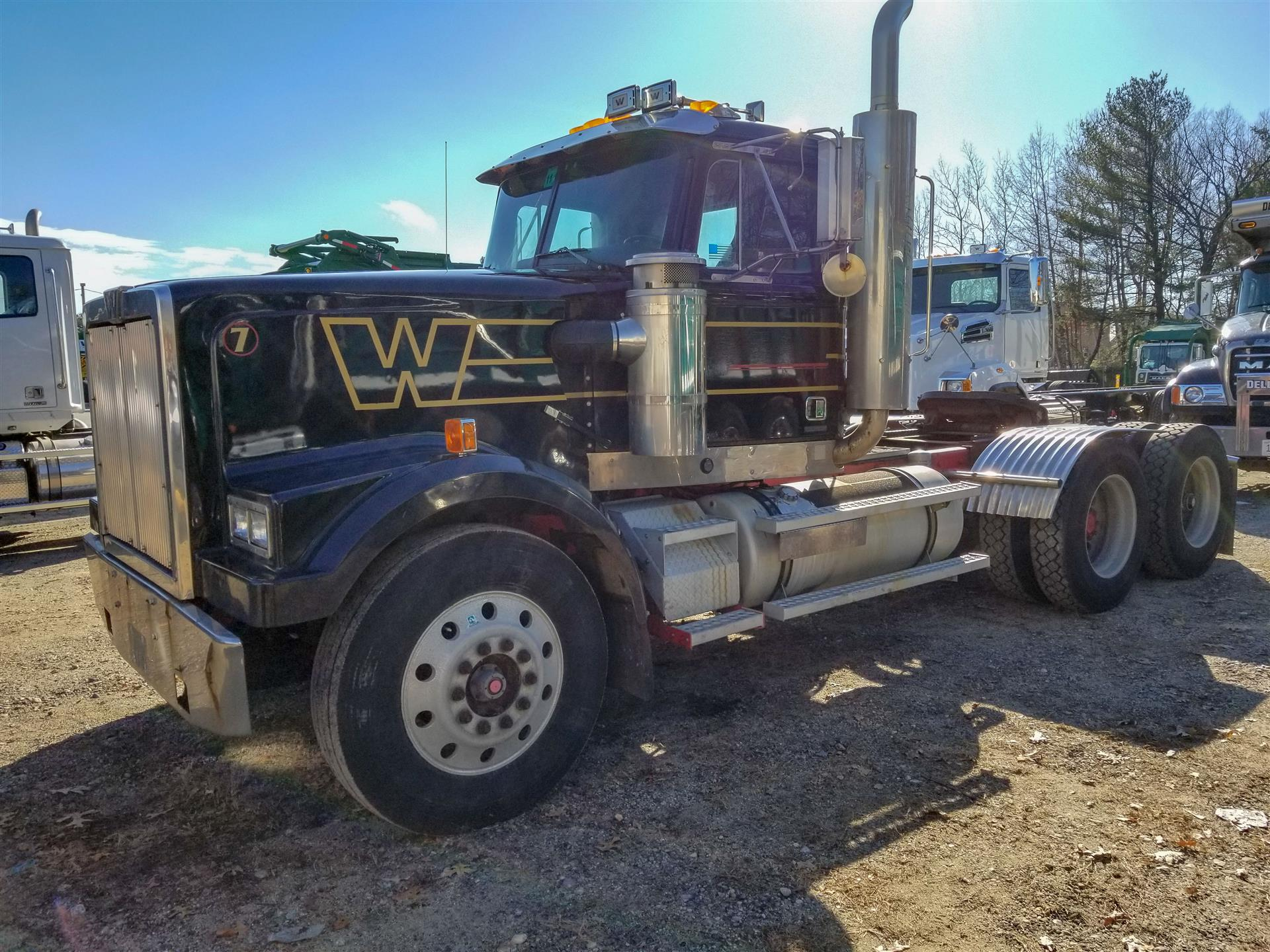 1997 Western Star 4964F Daycab