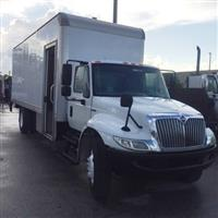 2010 International 4300 LP