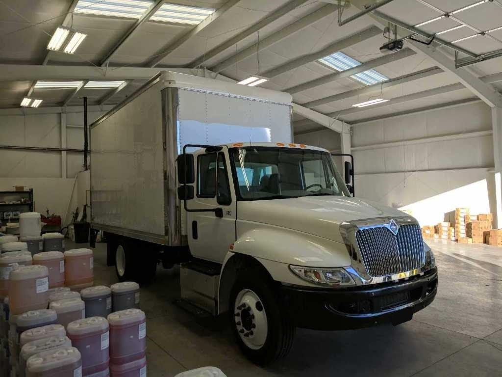 2016 International 4300 LP