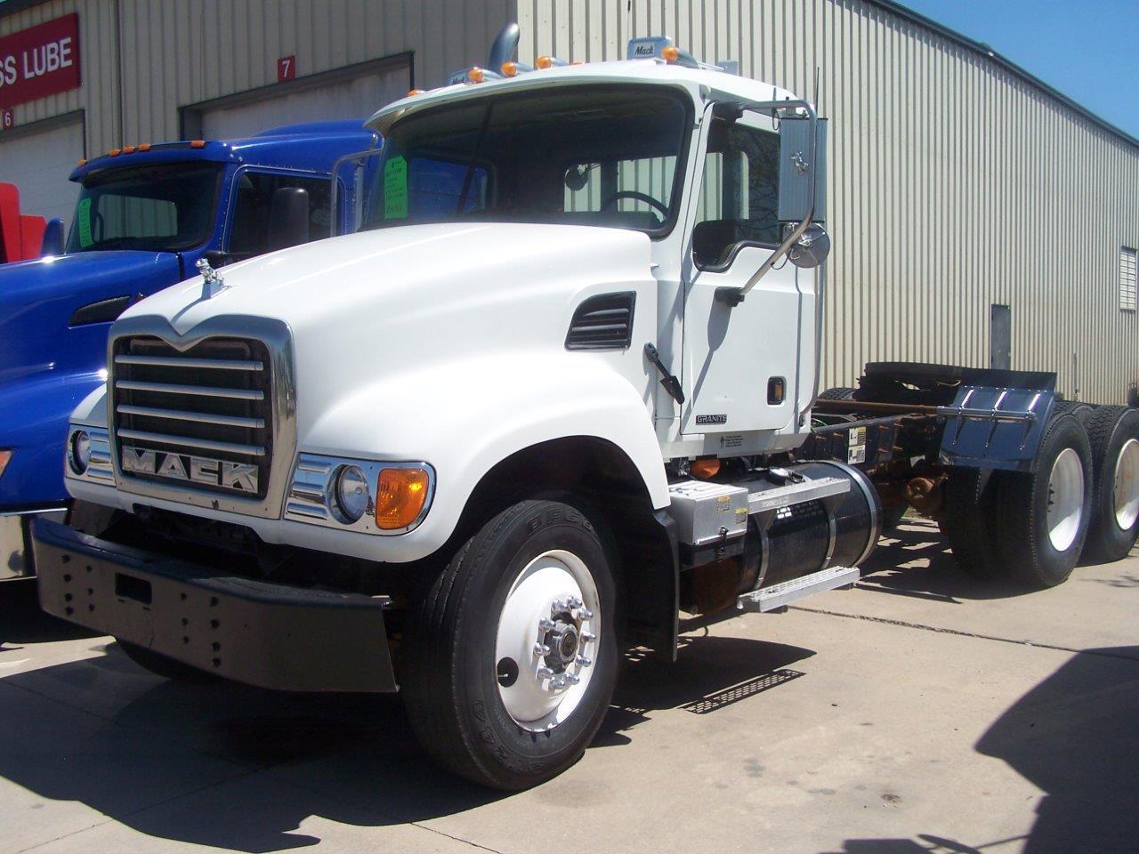 2006MackCV700