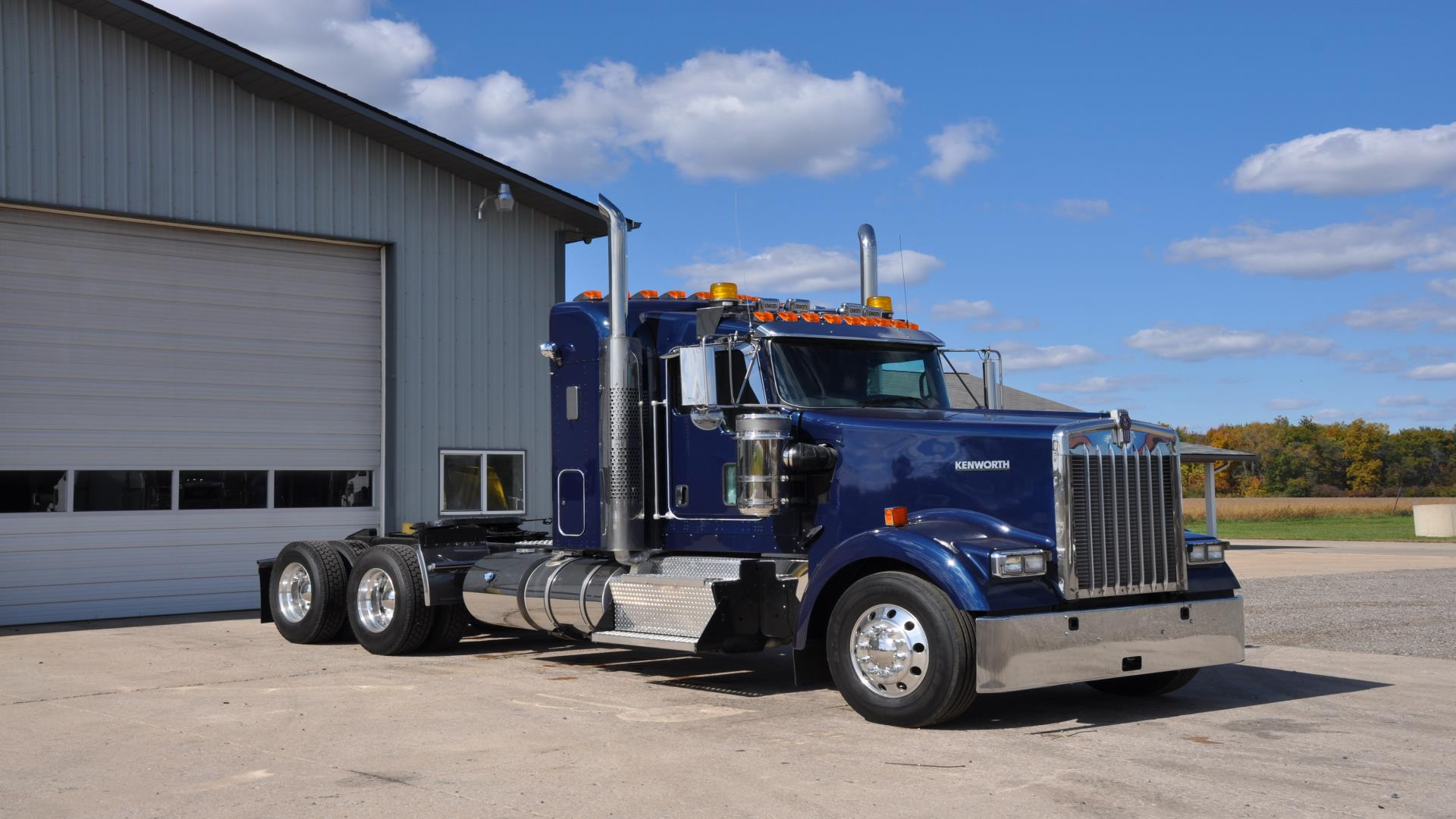 Used 2013 Kenworth W900 for Sale